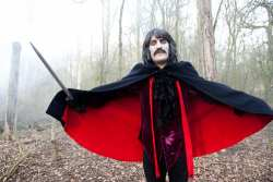 noel-fielding-kasabian-video4